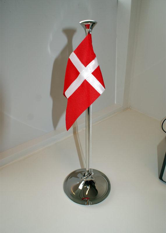 Gaveartikler-geo-jensen-flag