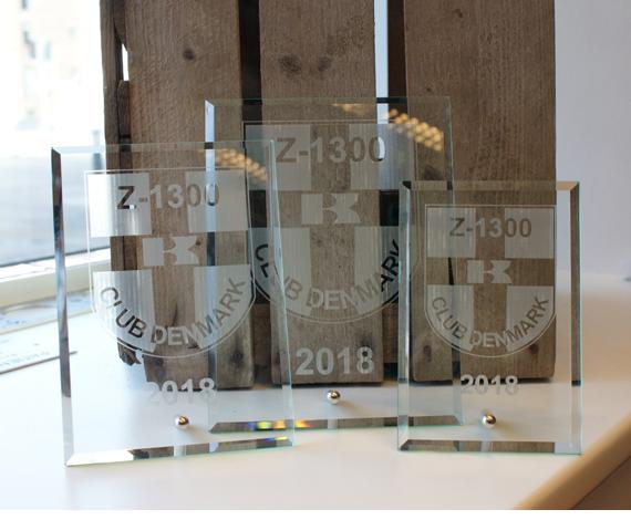 AM-Gravering-diverse-glasplade-Z1300
