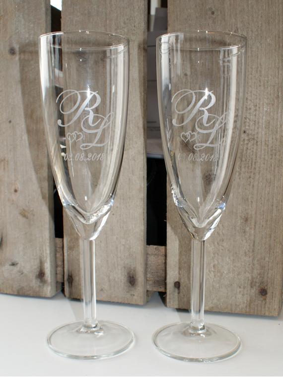 AM-Gravering-Div-bryllup-glas